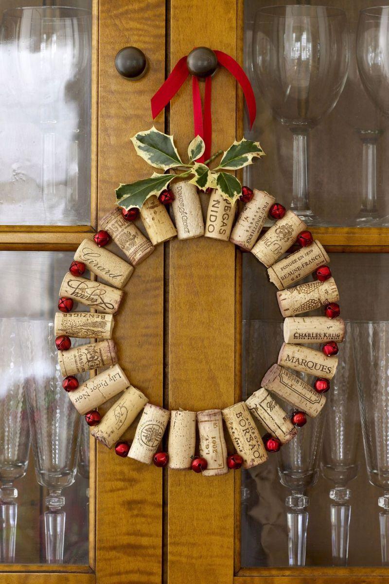 55004332b09f5-ghk-wine-corks-wreath-s2