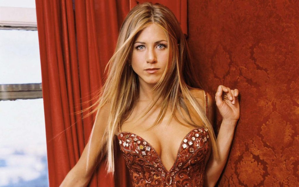 Jennifer-Aniston-Breast