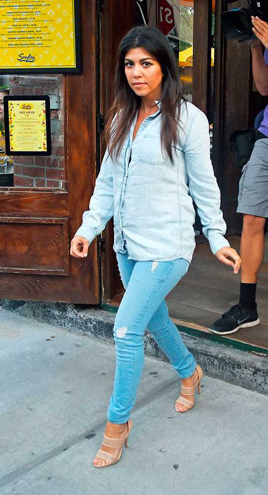 kourtney-kardashian-out-and-about-in-new-york-june-2014-rex  large