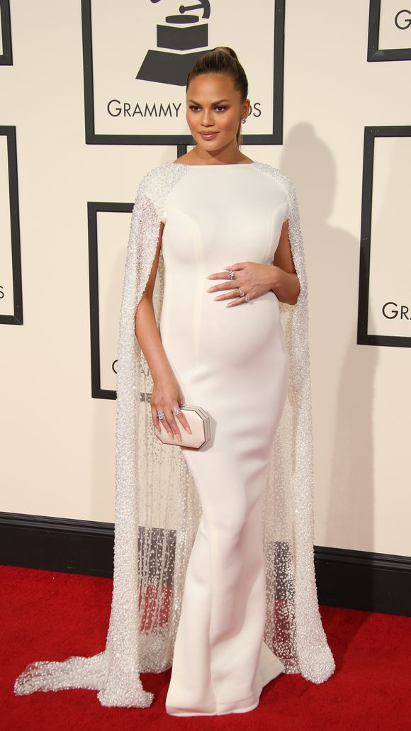 Chrissy_Teigen-Entertainment-58th-Grammy-Awards334.jpg