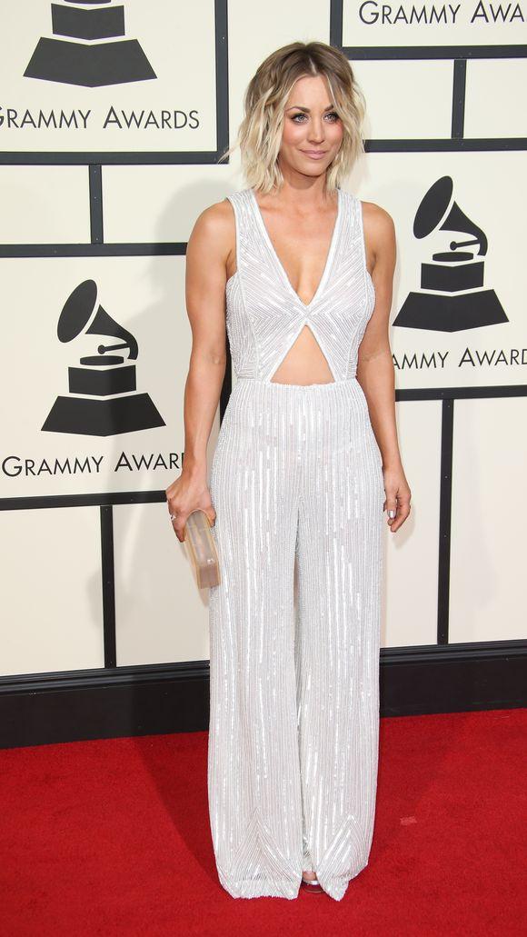 Kaley_Cuoco-58th-Grammy-Awards275.jpg