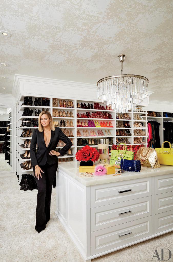 Khloés-crazy-organized-master-closet-might-just-beat-out-Mariah.jpg