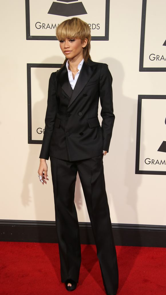 Zendaya-58th-Grammy-Awards329.jpg