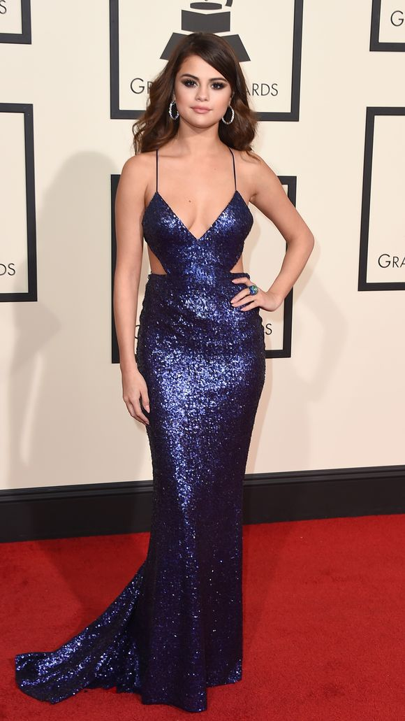 selena_gomez-Grammy-Awards---Arrivals.jpg
