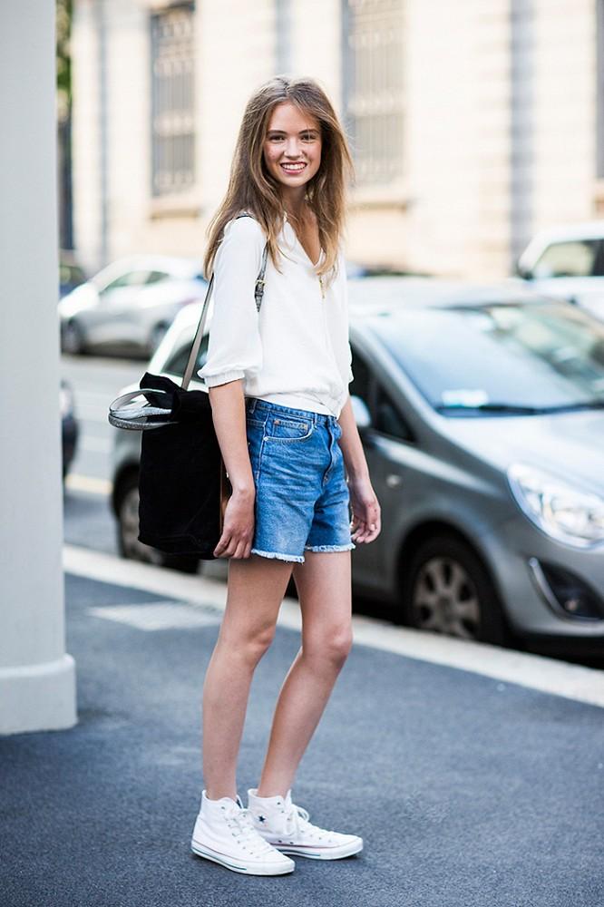 e9b059e6bb9 Δες 15 τρόπους για να καταφέρεις να συνδυάσεις τέλεια καλοκαιρινά και φθινοπωρινά  ρούχα: 15 ...