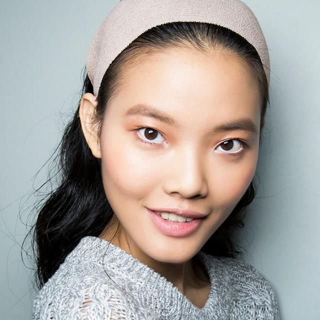 7-brilliant-ways-to-unclog-your-pores-1678621-1456786137.640x0c