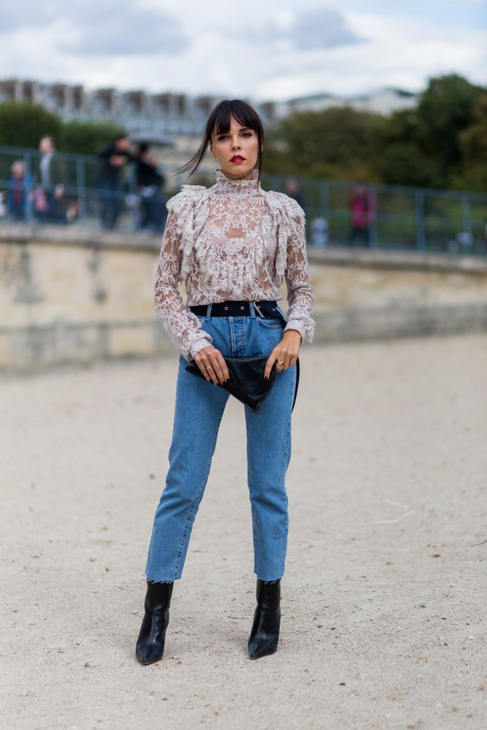 tuck-frilled-blouse-your-favorite-mom-jeans