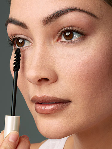 How-to-Apply-Bottom-Lash-Mascara-Lower-Lash-Mascara-Tips-and-Secret