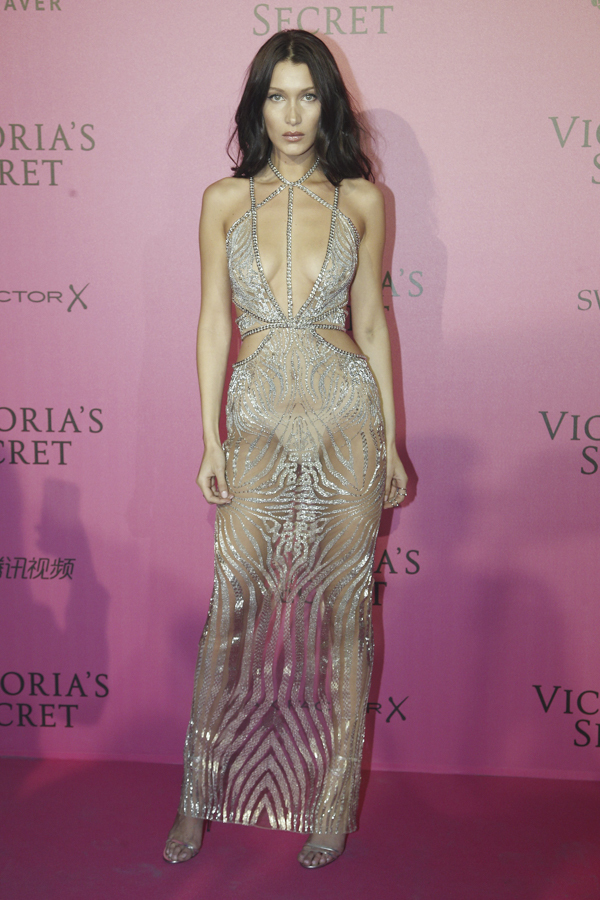 bella-hadid-victoria-secret-fashion-show-after-party-red-carpet