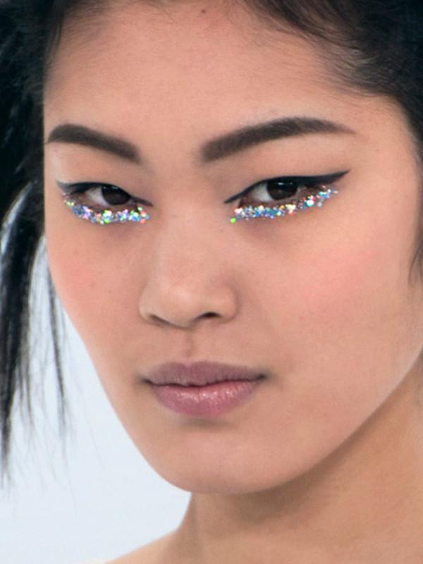 glitter-underliner