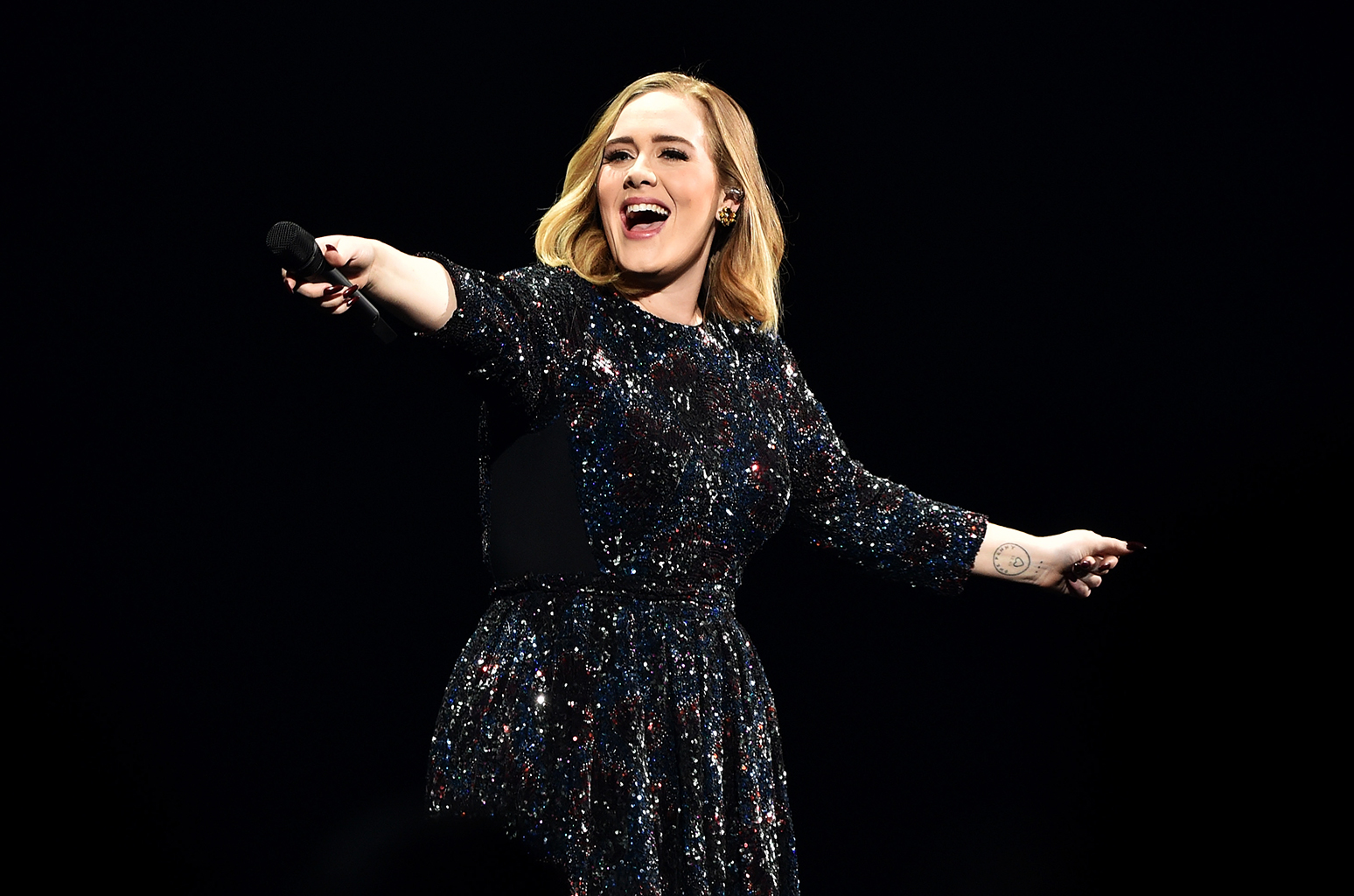 Mariah, κοίτα την Adele και κράτα σημειώσεις