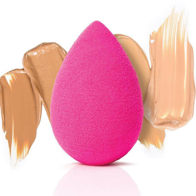 beauty blender makeup ximeno