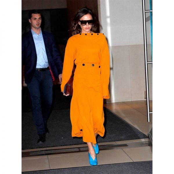 victoria-beckham-orange-coat-buttons-800-600x600