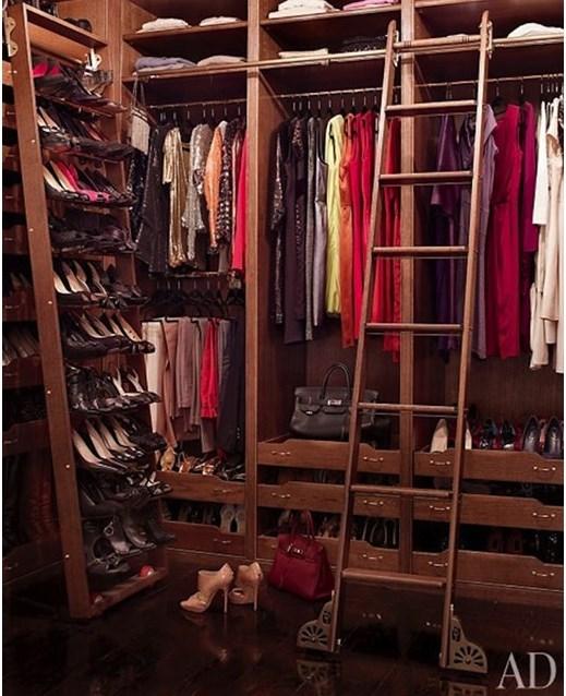 Brooke-Shields-closet_940x640