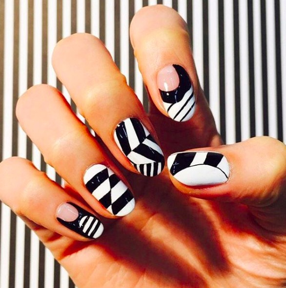 graphic nails 3