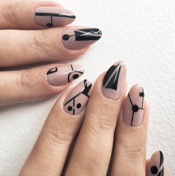 graphic nails 8