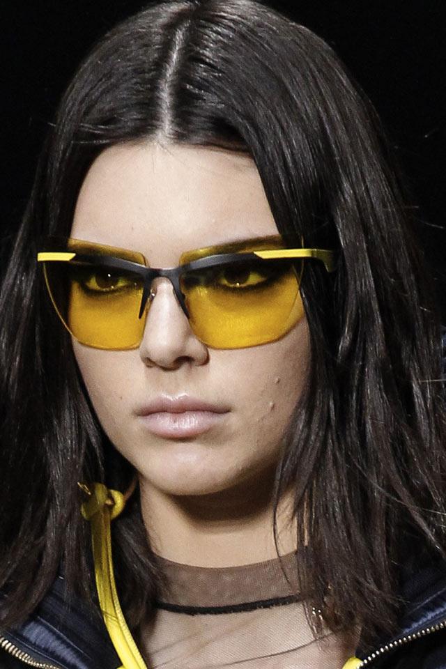 best-fashion-shades-women-2017-yellow-cateye-versace