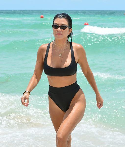 Kourtney Kardashian and Hailey Baldwin have fun together on the beach