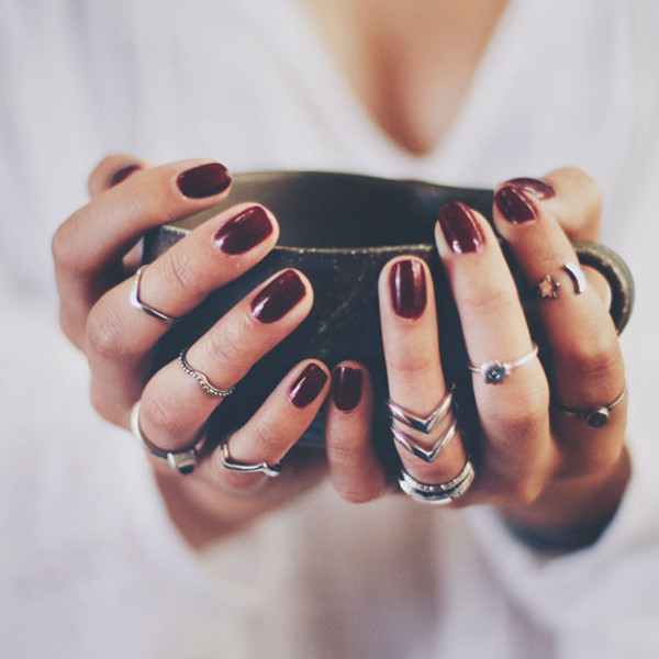 burgundy nails cover