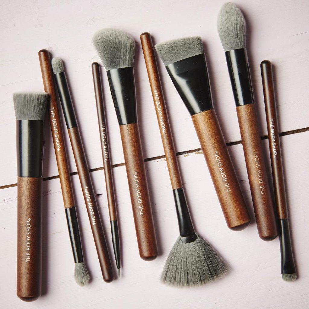 9 Brushes