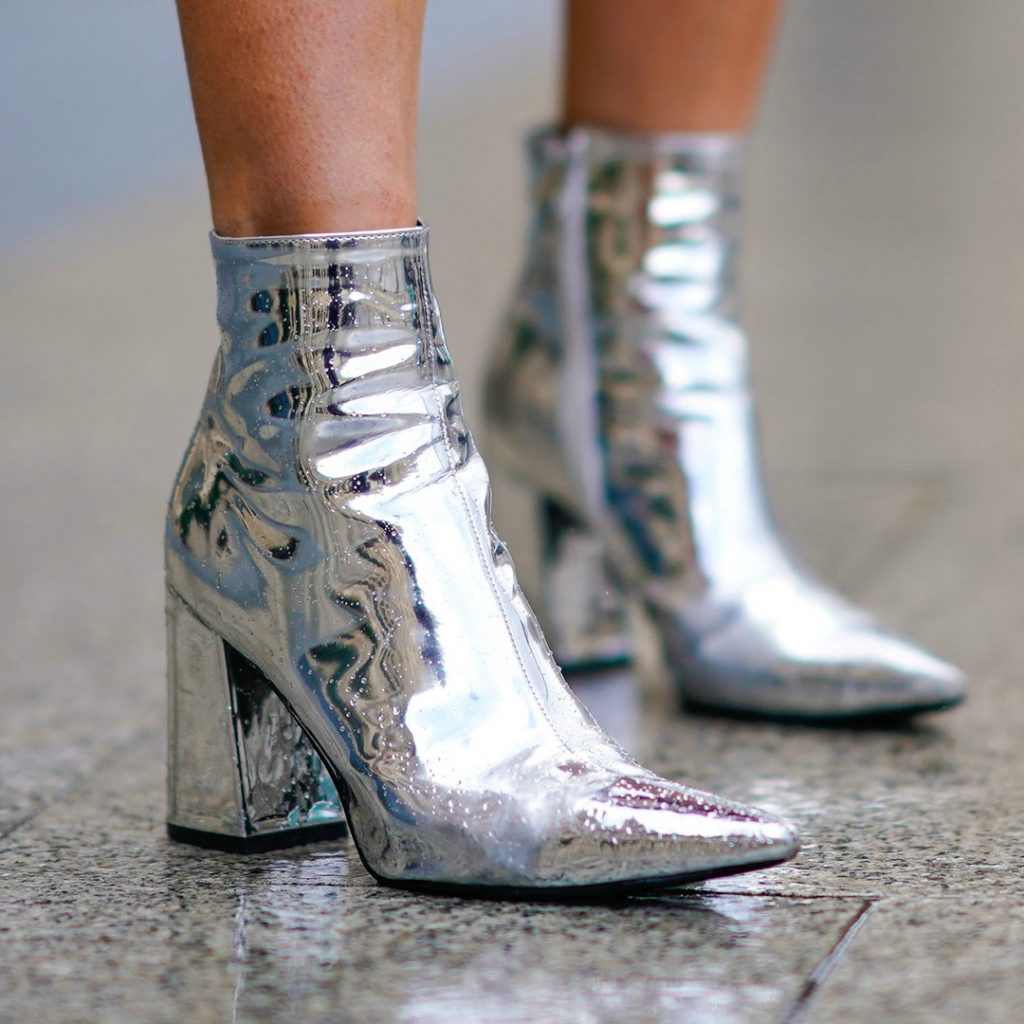 street-style-silver-boots