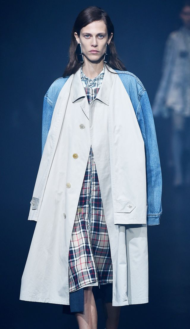 deconstructed-fashion-trend-245725-1515069851693-image.640x0c