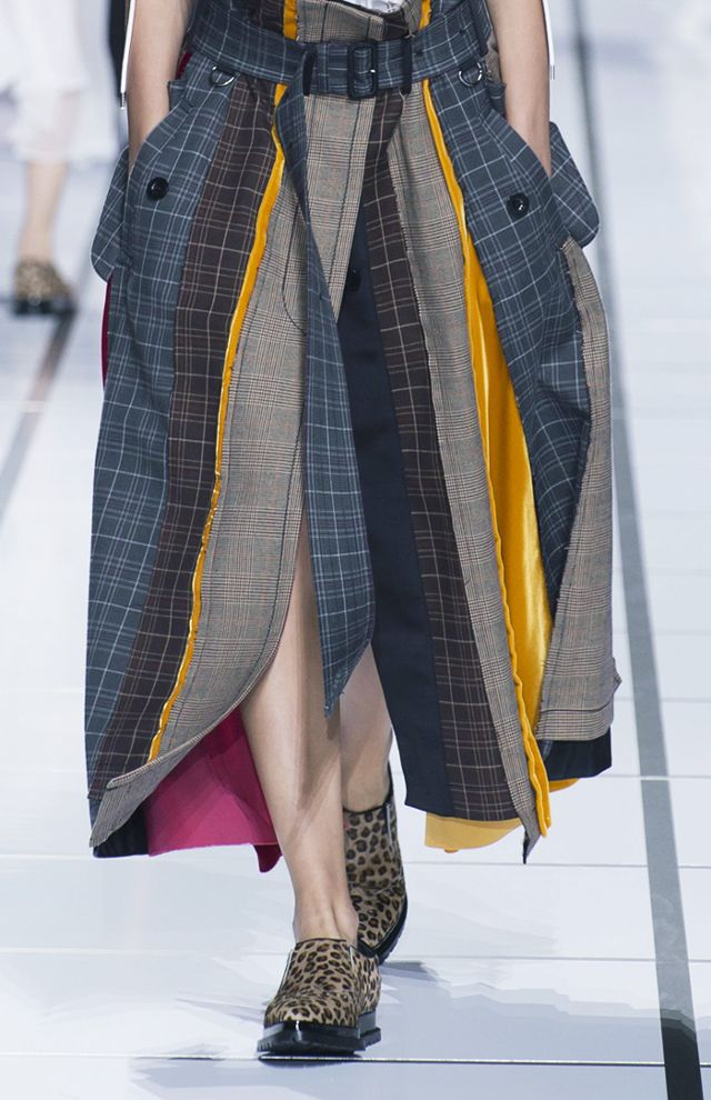 deconstructed-fashion-trend-245725-1515069940109-image.640x0c