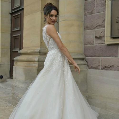 meghan-markle-wedding-dress-suits-z