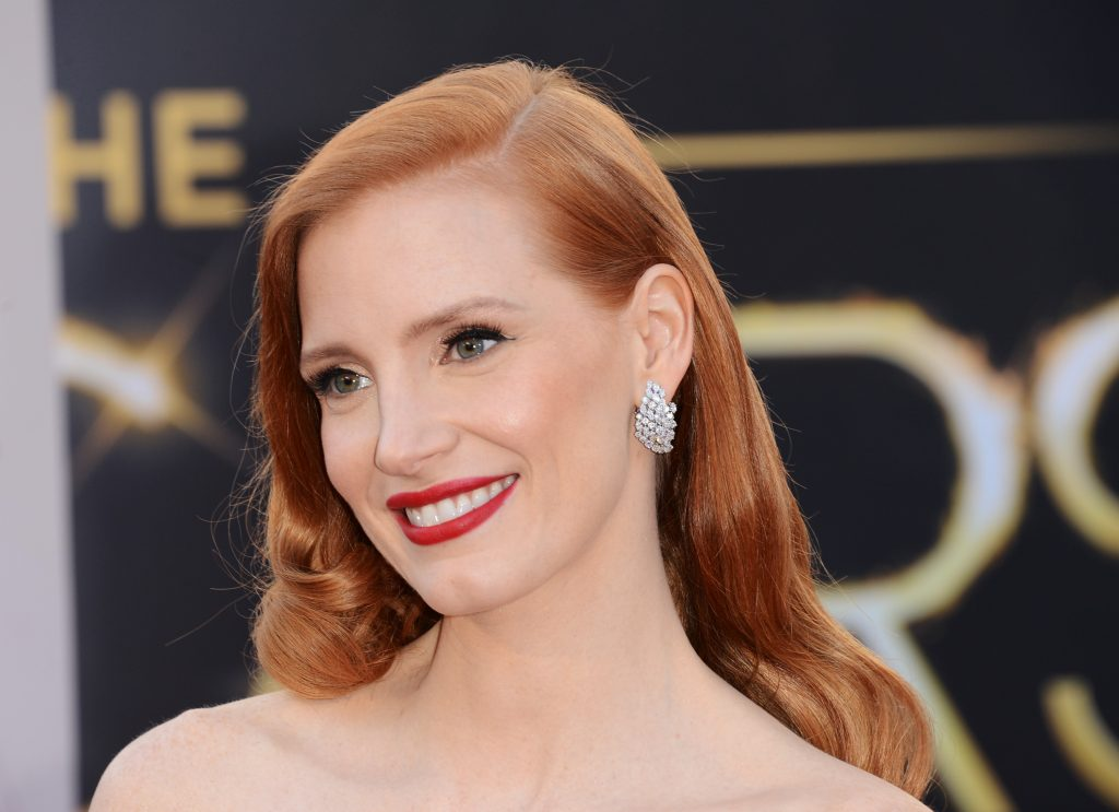 HOLLYWOOD, CA - FEBRUARY 24:  Actress Jessica Chastain arrives at the Oscars at Hollywood & Highland Center on February 24, 2013 in Hollywood, California.  (Photo by Jason Merritt/Getty Images)