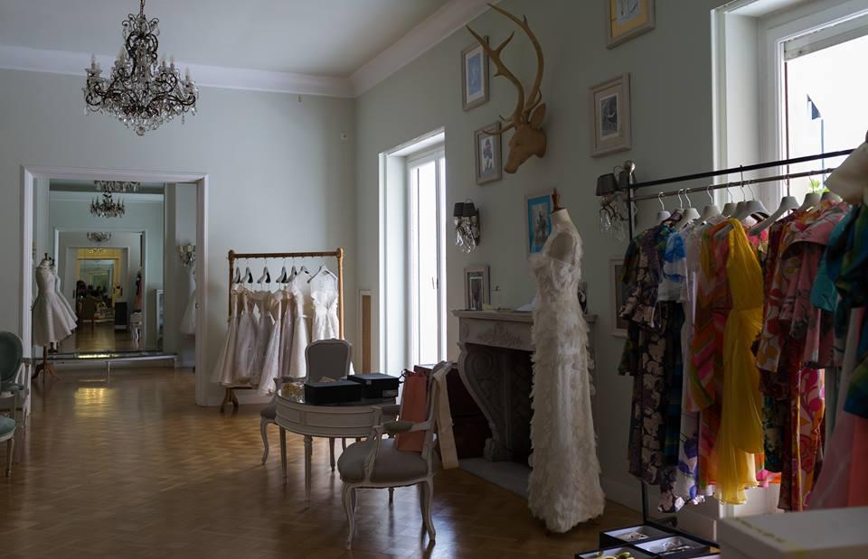 80c6a56efe86 Vassilis Zoulias  Συνέντευξη με τον σχεδιαστή που λατρεύει να ντύνει ...