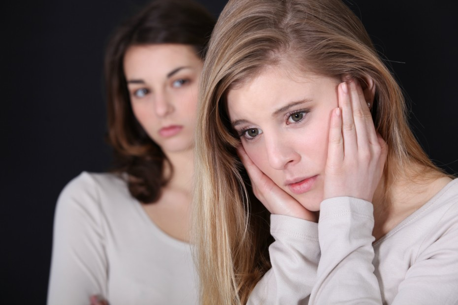 best-friends-fight-girls-081216