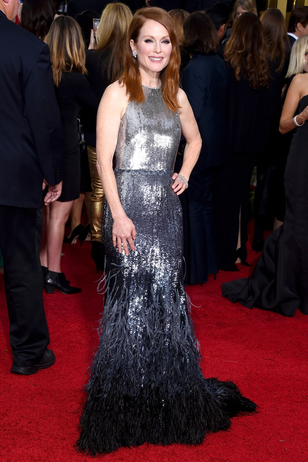 hbz-givenchy-2015-julianne-moore-gettyimages-461357084