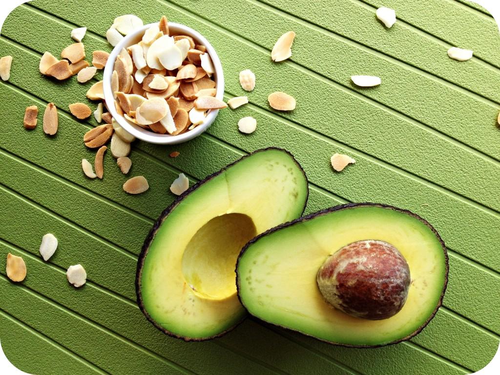 quinoa-avocad-salad-3-1024x768