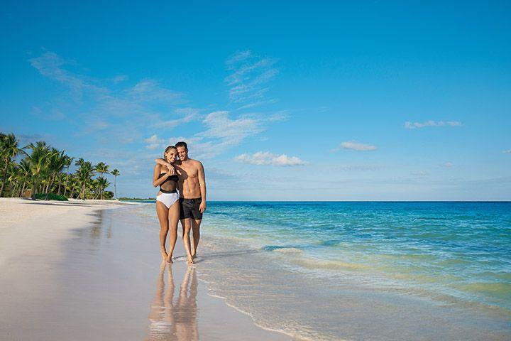 SECCC_Couple_Beach2_1A