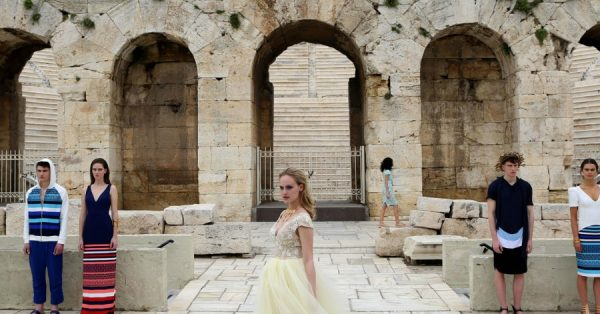 07ae91f588be Ο Βασίλειος Κωστέτσος παρουσίασε τη νέα του κολεξιόν στο Ηρώδειο! - Fay s  book