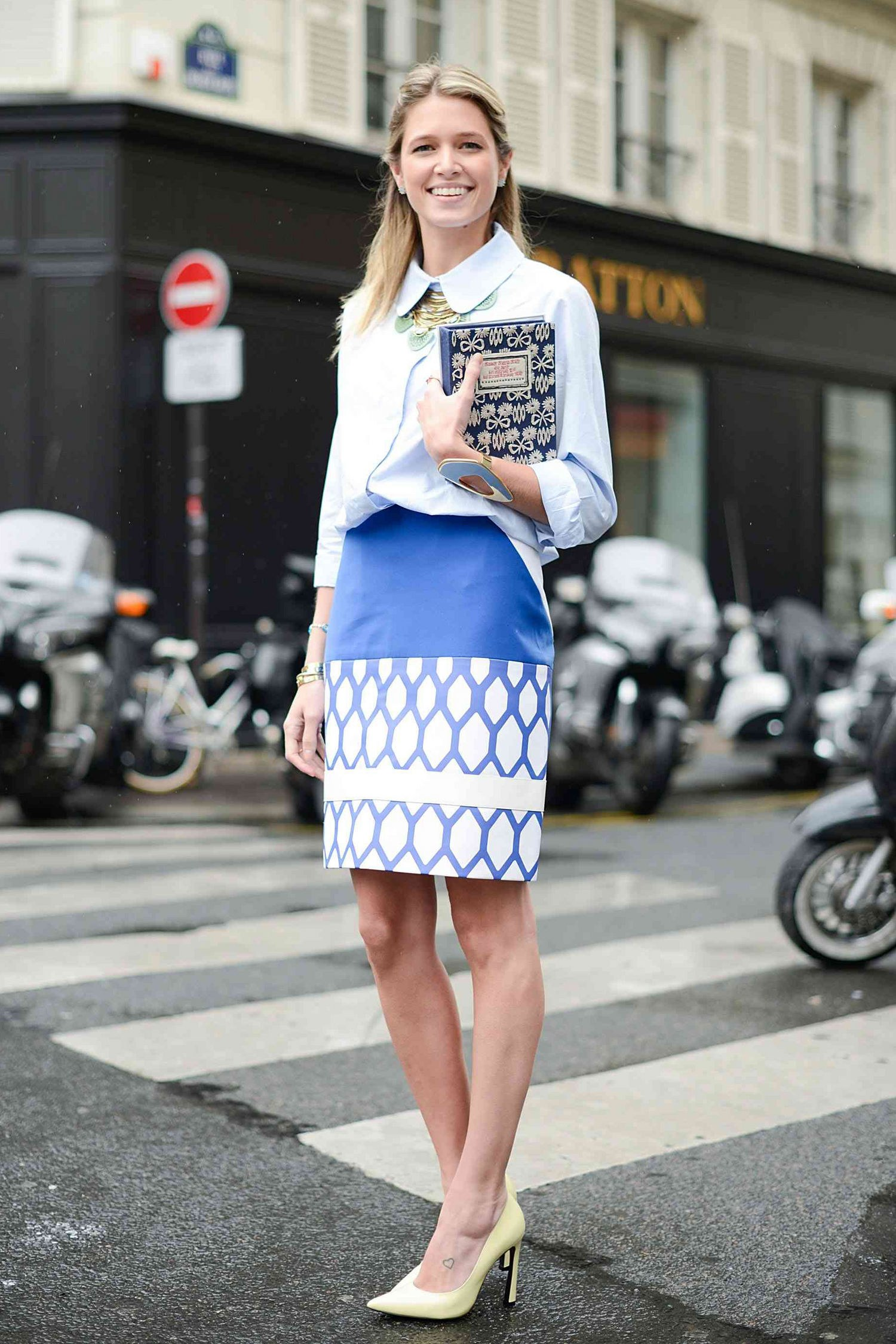 fashion-2015-09-work-office-outfit-pencil-skirt-GettyImages-451933042-main