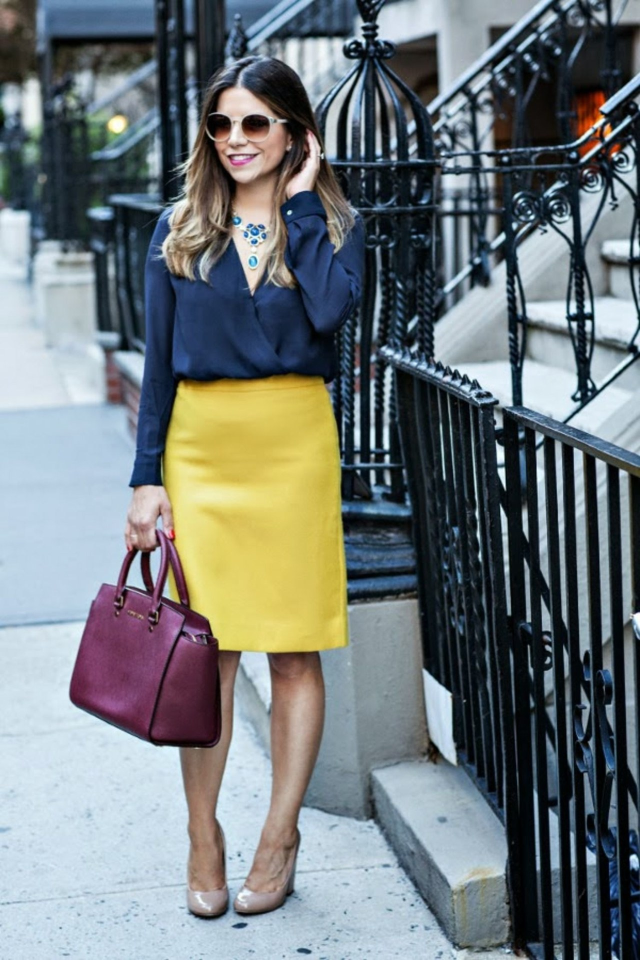fashion-2015-09-work-office-outfit-pencil-skirt-corporate-catwalk-main