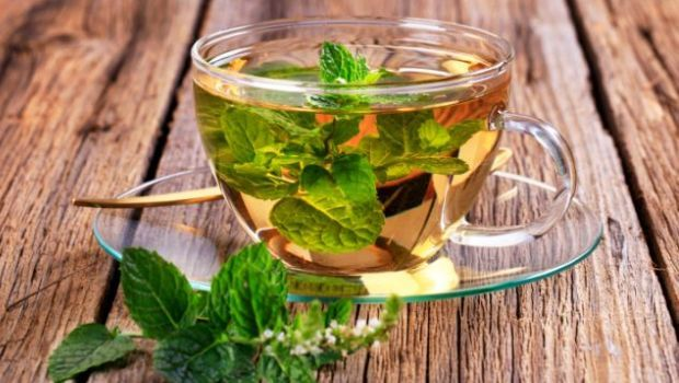 peppermint-tea_620x350_51488225621