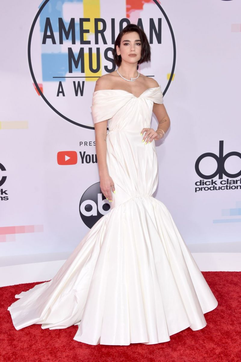 dua-lipa-attends-the-2018-american-music-awards-at-news-photo-1048355846-1539125527