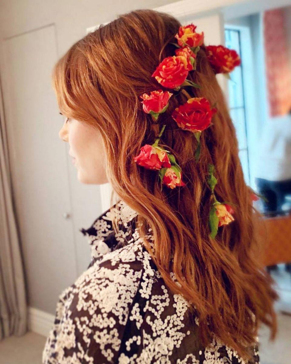 rs_1080x1350-181001161649-1080x1350-Emma-Stone-Red-Carpet-Hair