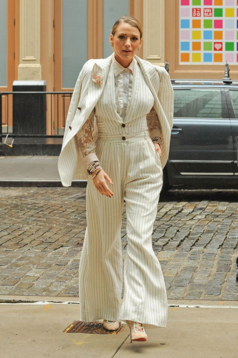 blake-lively-promote-her-film-a-simple-favor-in-nyc-0