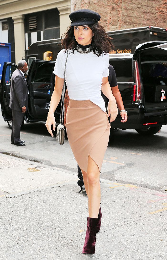 7-timeless-pencil-skirt-outfits-for-every-age-1957025-1477685006.700x0c