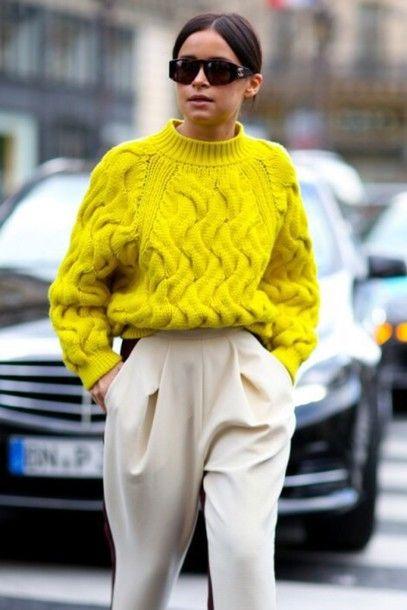 9j6p20-l-610x610-sweater-pullover-yellow-summer-spring-blackfashion-sweat-boyfriend-blog-blogger-pastell-sweatshirt-oversizedsweater