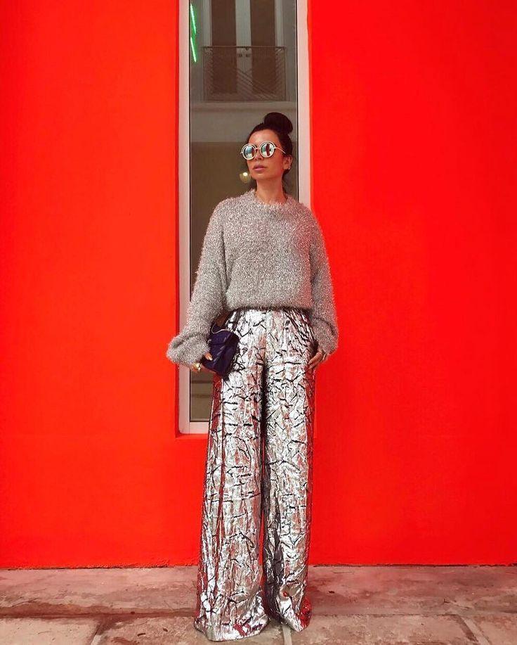 ccbade5e49d781e80beec647d0a946d3--metallic-trousers-celebrity-airport-style