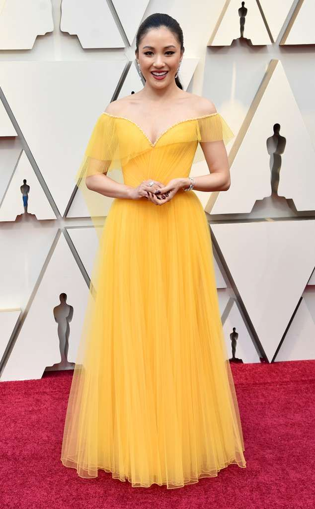 rs_634x1024-190224141133-634-2019-oscar-academy-awards-red-carpet-fashions-constance-wu.cm.22419
