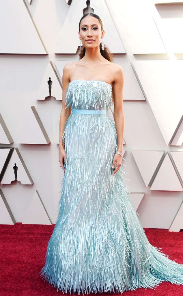 rs_634x1024-190224141941-634-2019-oscar-academy-awards-red-carpet-fashions-Elaine-Welteroth