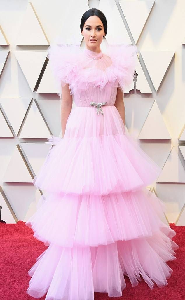 rs_634x1024-190224153645-634-2019-oscar-academy-awards-red-carpet-fashions-kacey-musgrave