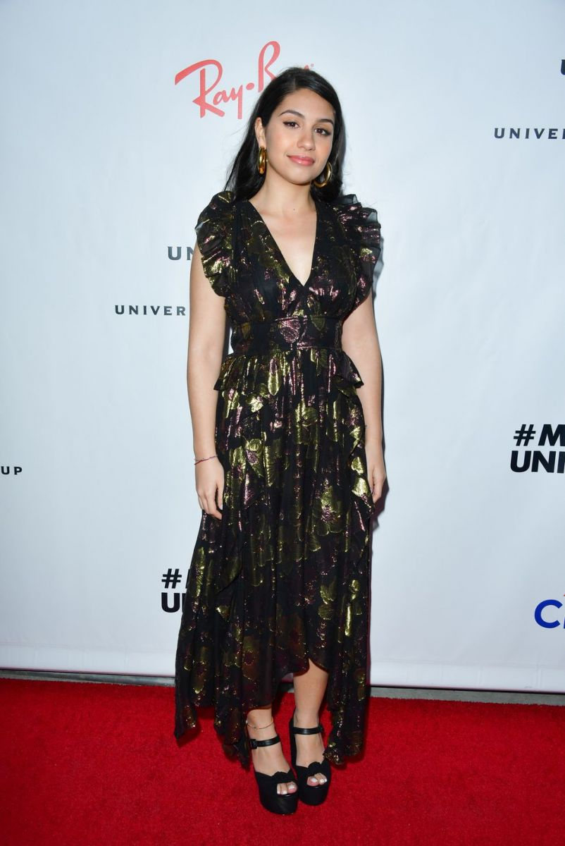 alessia-cara-attends-universal-music-groups-2019-after-news-photo-1128867737-1549899023