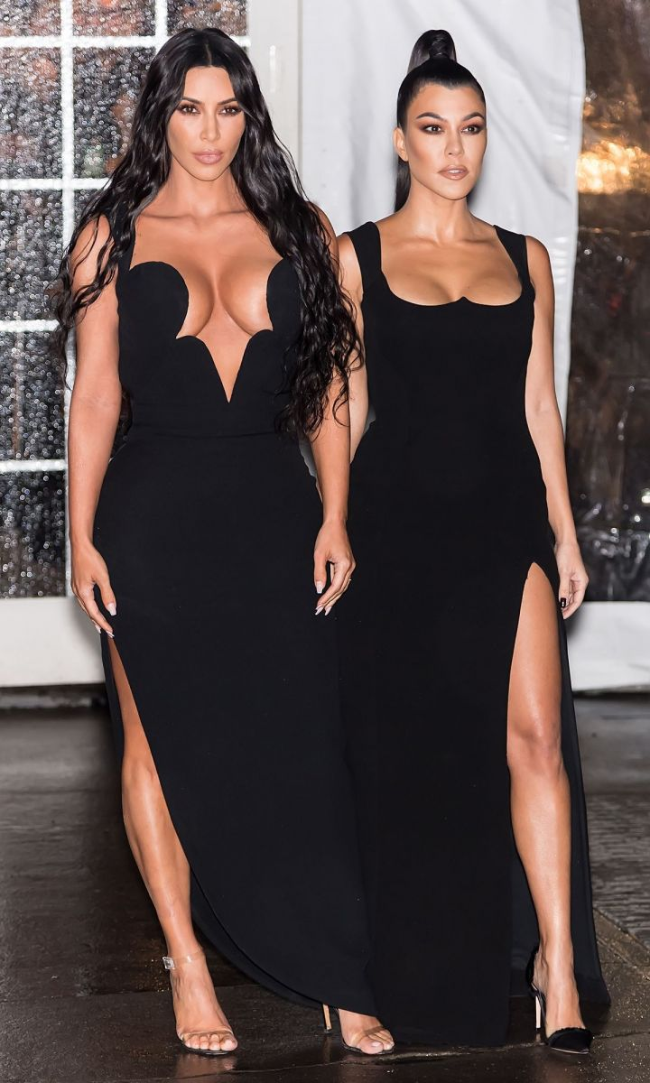http___prod.static9.net.au___media_Network_Images_2019_02_07_16_19_Kim-and-Kourtney-Kardashian