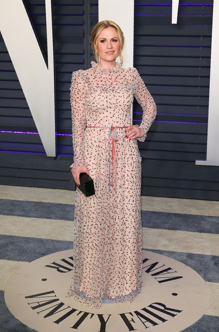 oscars-2019-after-party-anna-paquin-1551079840